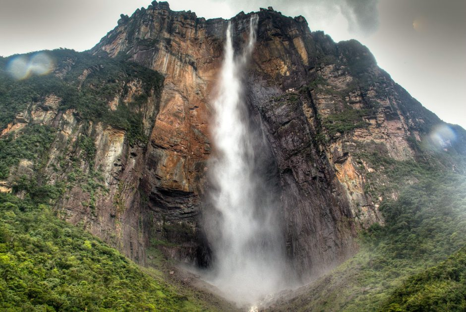 angel-falls-worlds-tallest-water-fall-Angel Falls - Duniya Ka Sabse ऊंचा झरना