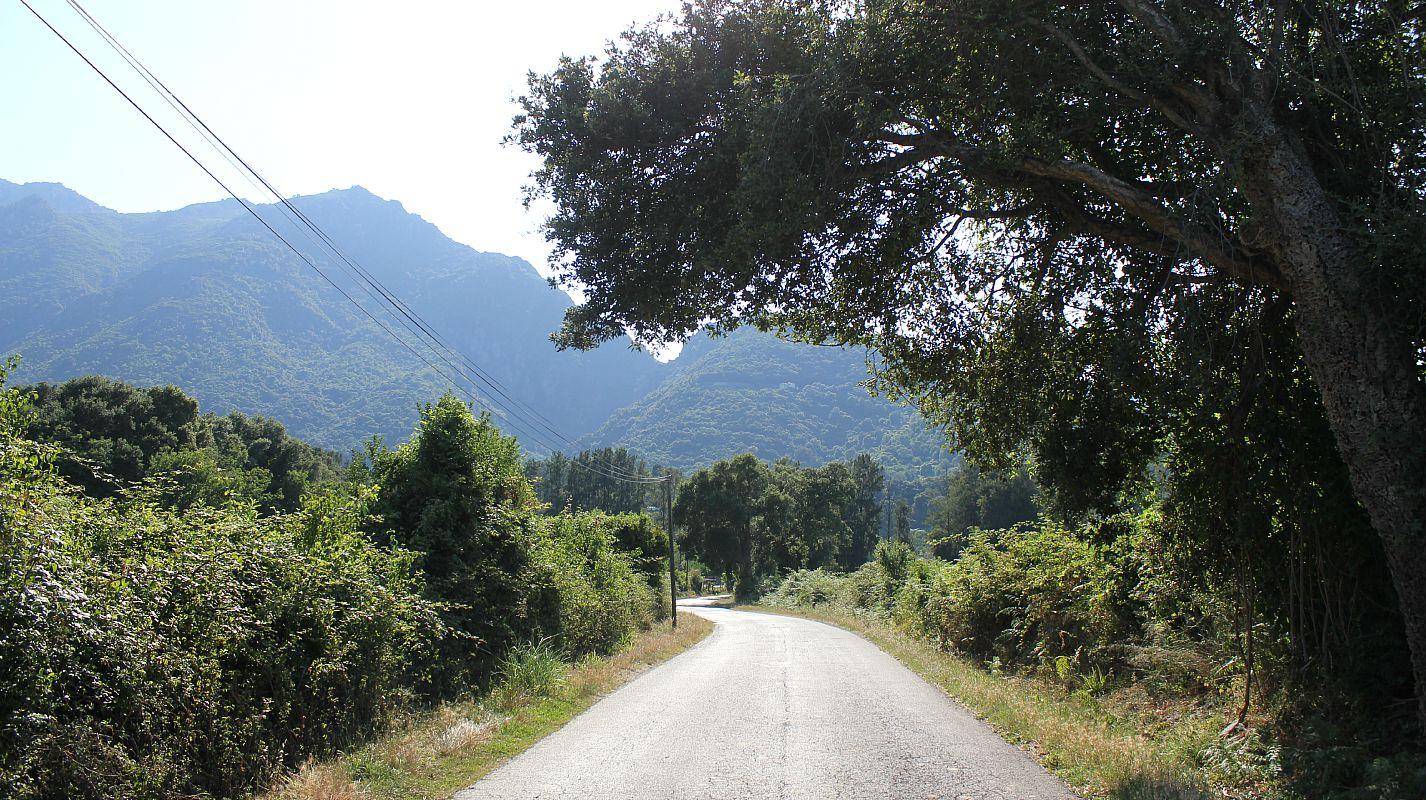 The beautiful Cascade de L'Ucelluline | POD Travels